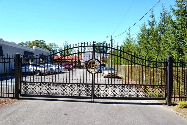 Choosing a Fence Company in NJ